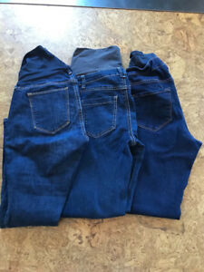Huge lot of small maternity clothes
