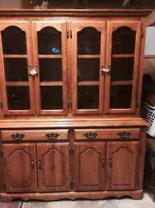 China cabinet and table set Stratford Kitchener Area image 1