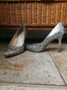 Vince Camuto stiletto shoes