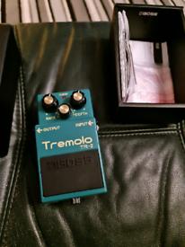 Boss tr-2 tremolo pedal