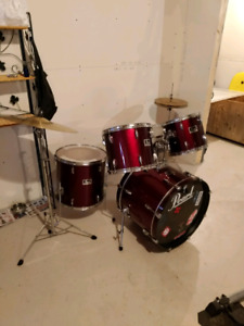 5 piece Pearl Forum drums
