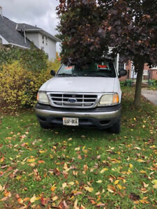 2002 Ford F-150 4 x 4 extended cab