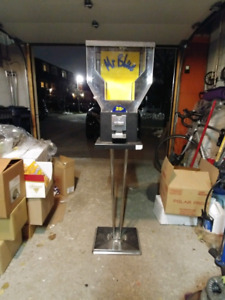Good condition candy dispenser machines