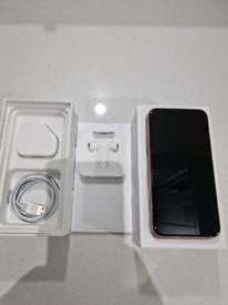 Apple iphone XS Unlocked. Gold