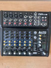 ZMX 122 fx 8 channel mixer