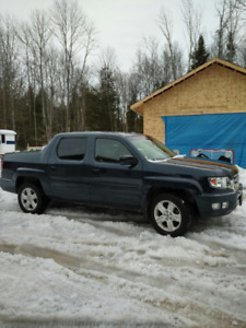 2011 Honda Ridgeline RTL Leather, Sunroof,  Tonneau, Certified