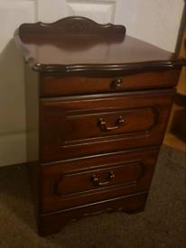 Vintage bedside drawers