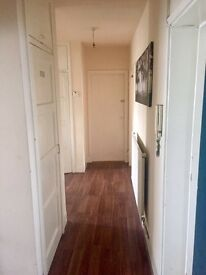 All the apartment 1750 monthly Willesden bus garage area, call me now