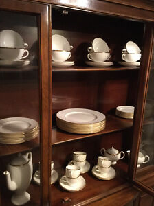 """WEDGEWOOD """"MADE IN ENGLAND"""" CHINA"""
