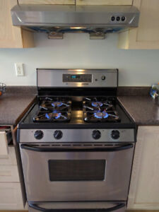 Maytag Gas Oven - Silver/Black