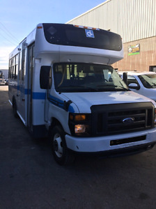 2009 Ford Autobus **Diesel**Bas KM**