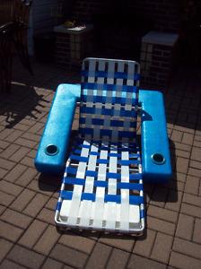 Chaise longue flottante
