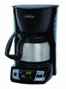 PROGRAMMABLE COFFEE MAKER  DESCRIPTION On the days when you need