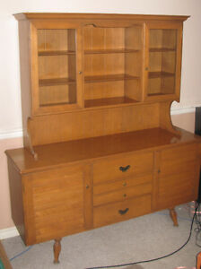MUST SELL! SOLID TEAK VINTAGE CABINET- MINT CONDITION!