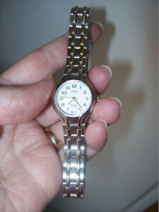 Timex Indiglo stainless steel like new watch
