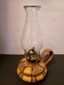 Lampe à l'huile avec lance