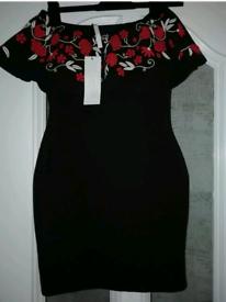 New Black & red Cameo Rose mini dress