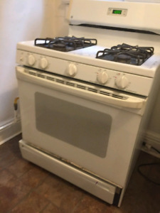 GE 30inch GAS stove used