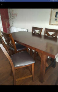 Bar style kitchen table with 4 chairs