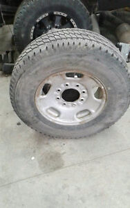 2011 gm 8x180 Spare 17'' rim and tire duramax chevy 2500 3500