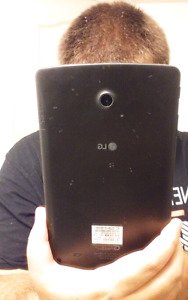 LG G PAD 2 8.0 LTE FIDO/Rogers Tablet