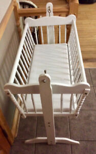 Baby's Cradle With Mattress - St. Thomas