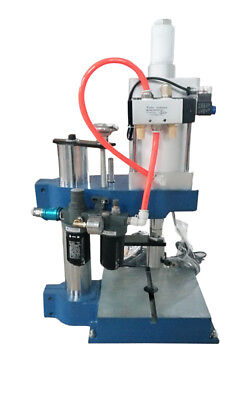 Glt-125type 800kg1763lb Pressure Pneumatic Punch Press Machine 9.8 Work Height