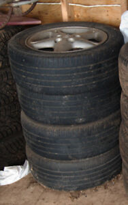 Tires and wheels from 2000 Nissan maxima