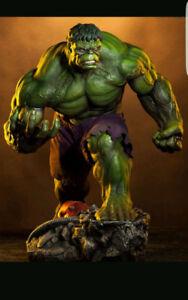 Sideshow GREEN INCREDIBLE HULK Premium Format Statue Figure Ex
