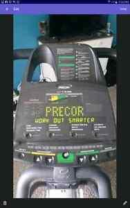 PRECOR  EFX546 Eliptical London Ontario image 3