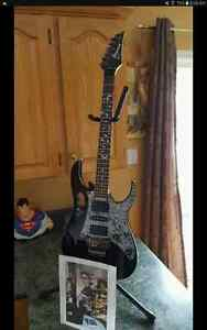 Selling my Ibanez Jem Jr .