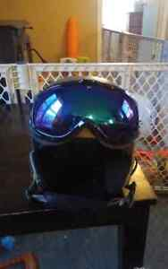 Red helmet size Large 59cm  and goggle anon 50$ for boat