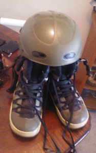 Snowboard with size 11 12 boots and a free helmet