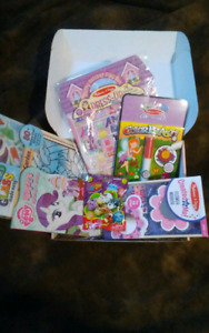 Age3-6 Toy & Activity Gift Box for that Lil Girly Girl (6 items)