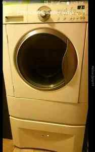 Front loading washer and dryer on pedestals  Windsor Region Ontario image 1