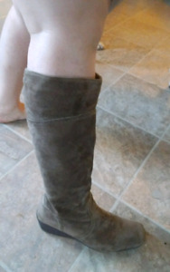 Sz 10 Suede Tall Wedge Boots PAID $170..TODAY $25