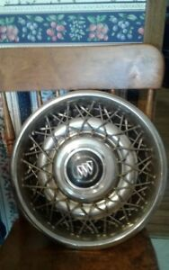 WIRE SPOKE HUB CAPS 15""