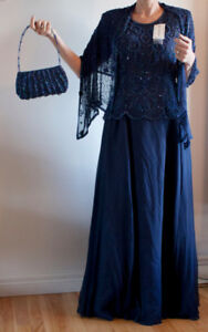 Gown, gala style navy blue, beaded