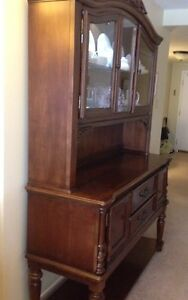 China cabinet/buffet
