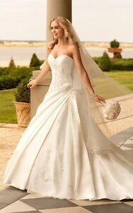 Stella York 5831 wedding dress