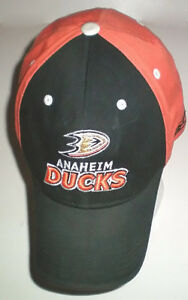 NHL Anaheim Ducks Reebok Cap and 4 Ducks Ball Point Pens