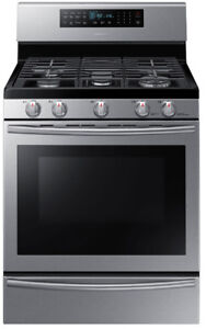 "Samsung NX58H5650WS 30"" Gas Range Self Clean Convection"