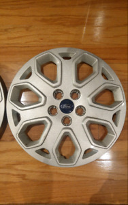 2 Ford Focus Hubcaps