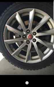 4 mags jaguar avec pneus d'hiver 18pcs  usure 1 saison