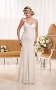 2aea12544c9 Wedding Dress by Essense of Australia D1934