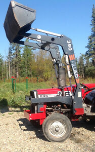 ONLY Allied 390 Easy-On Loader (for Massey Ferguson 245 Tractor)