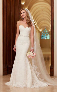 Stella York Ivory Wedding dress size 6 & cathedral length veil