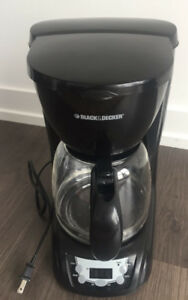 Black & Decker Coffee Maker (12 Cups)