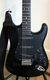 STRATOCASTER GUITAR BY ENCORE.