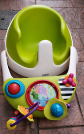 Mamas and Papas baby snug seat activity tray bumbo booster feeding